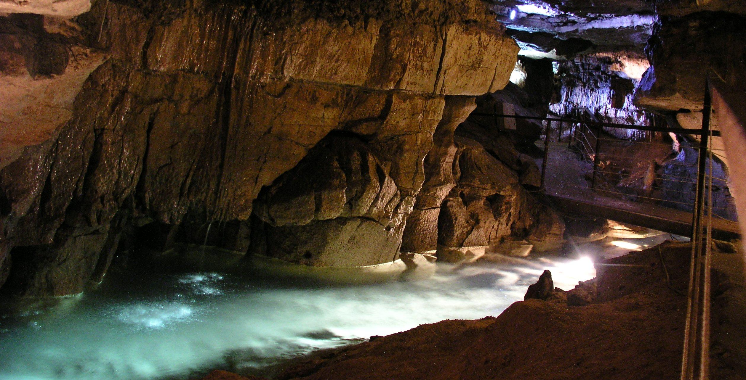 Grotte de Labeil spéléologie
